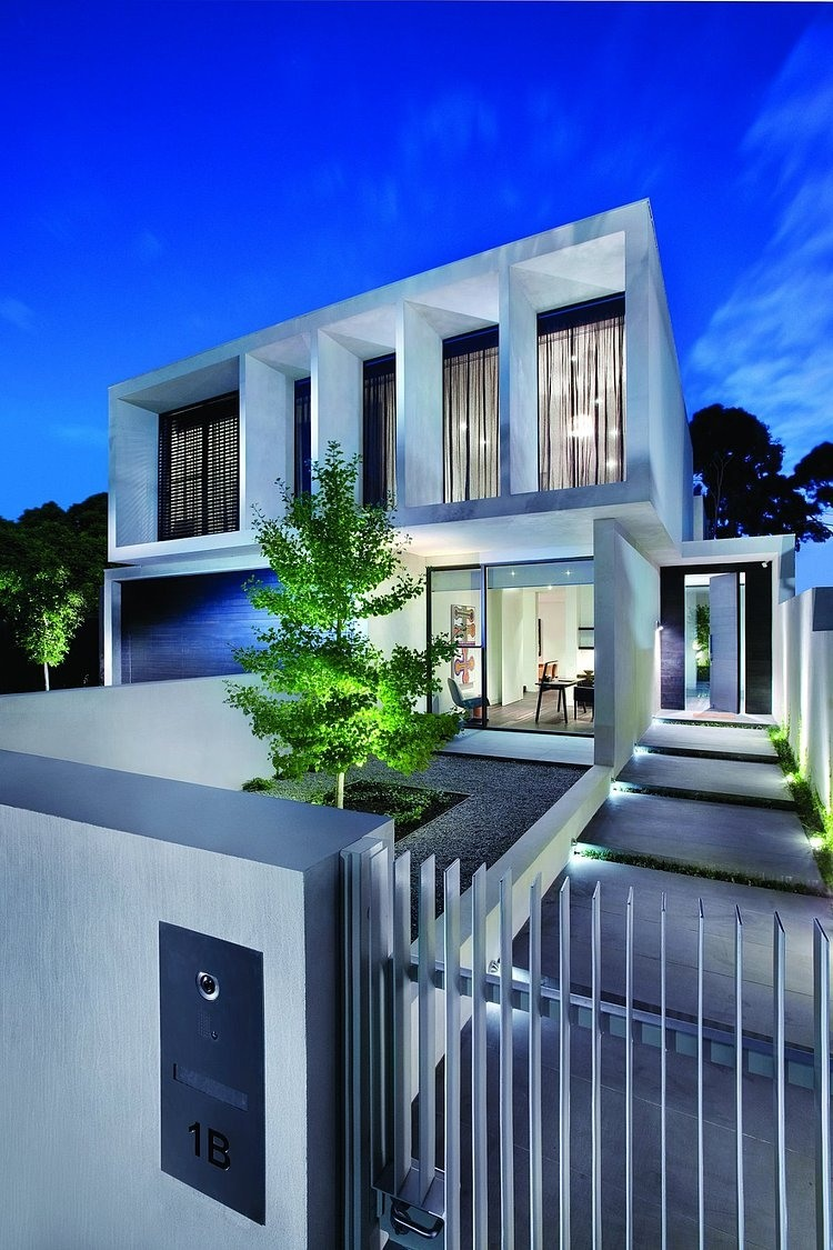 modern platform townhouse with pool in australia (1)