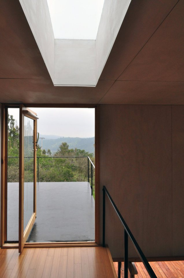 platform box house for living with nature (16)
