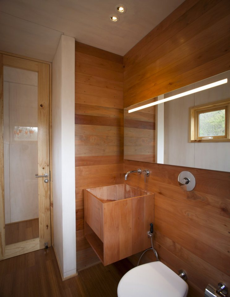 platform box house for living with nature (17)