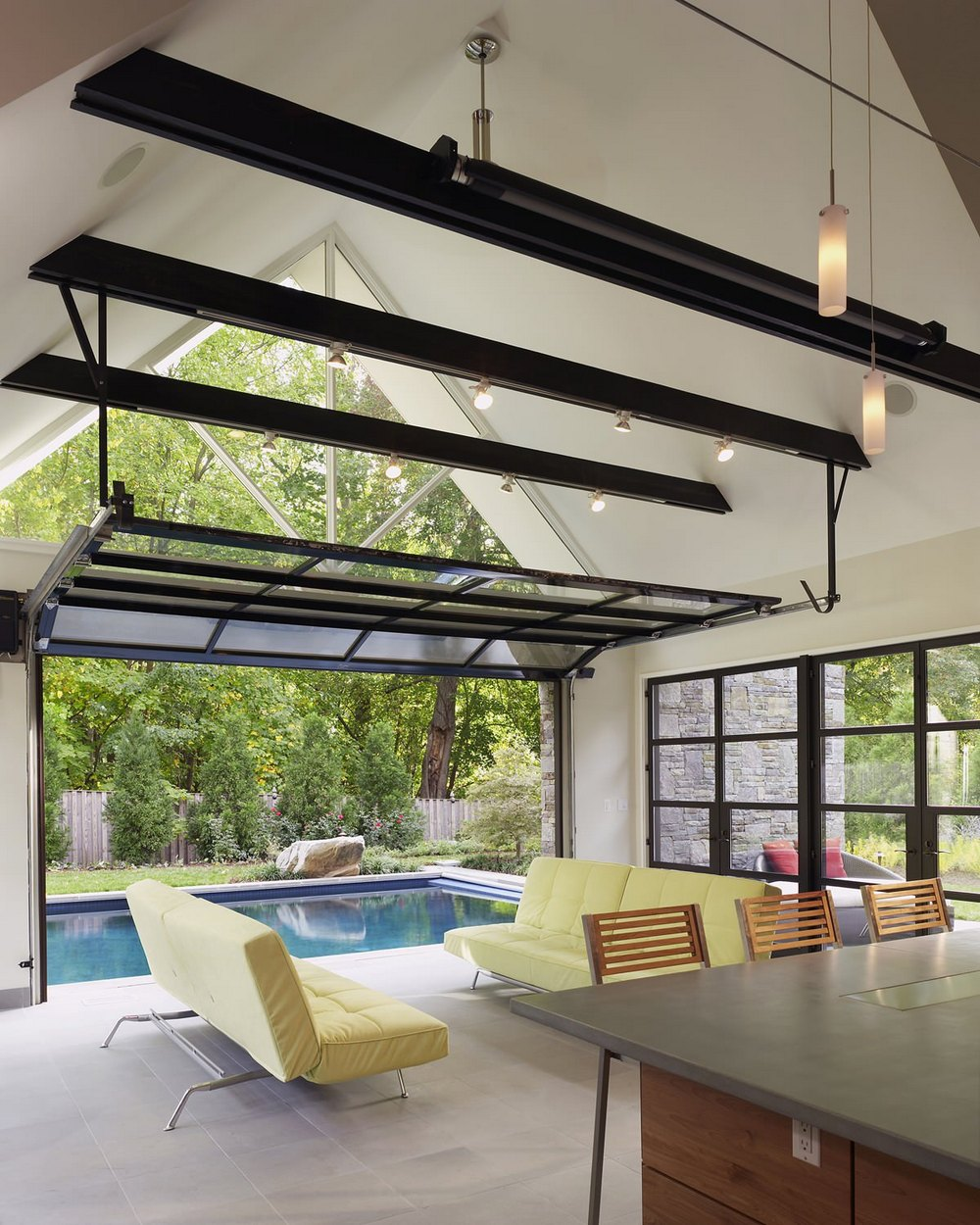 pool house with garden simple lifestyle (6)