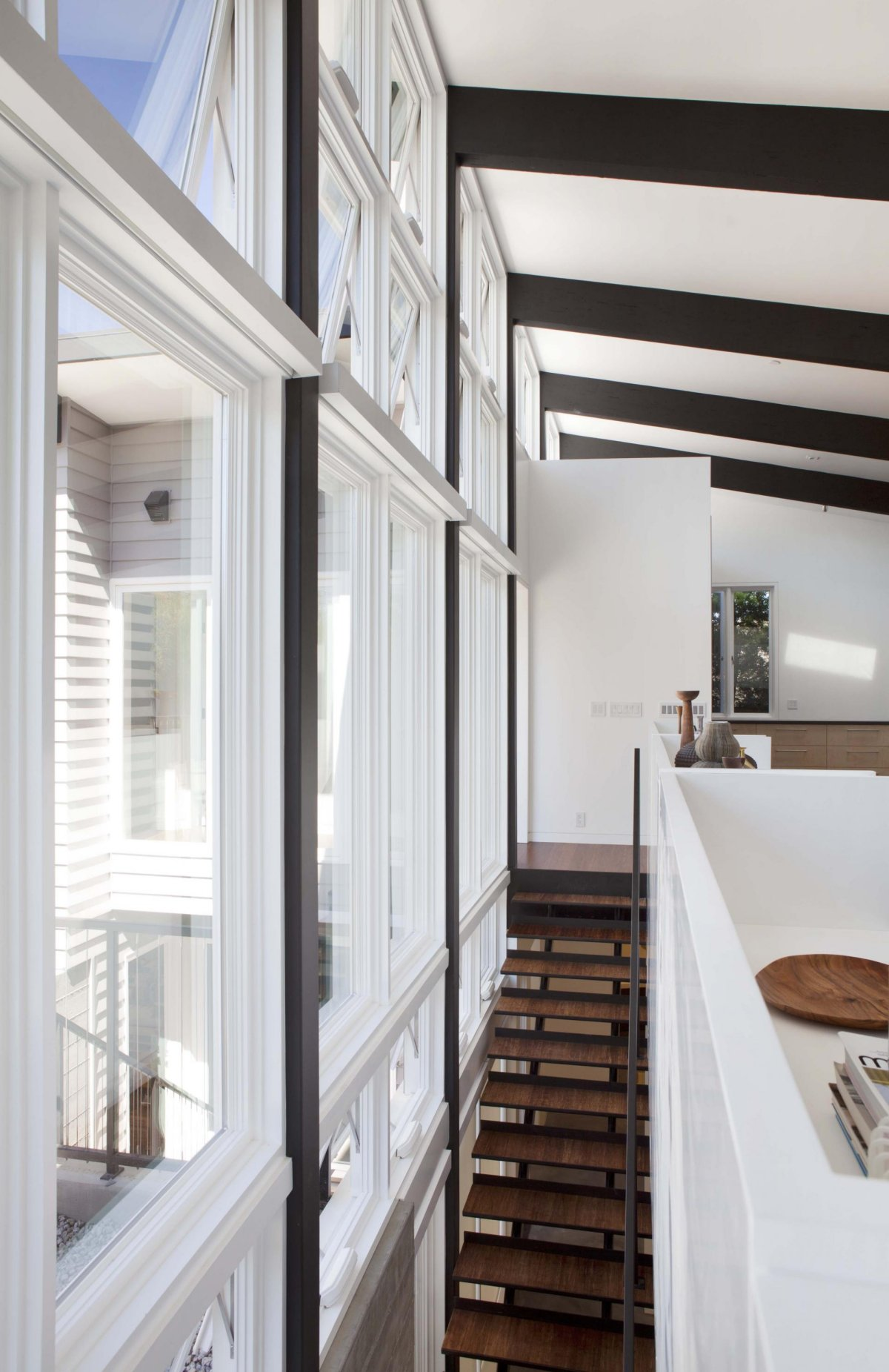 renovate modern contemporary house with white wood interior (16)