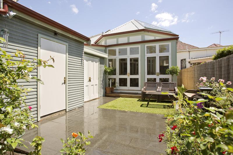 renovate victoria house to contemporary in australia (1)