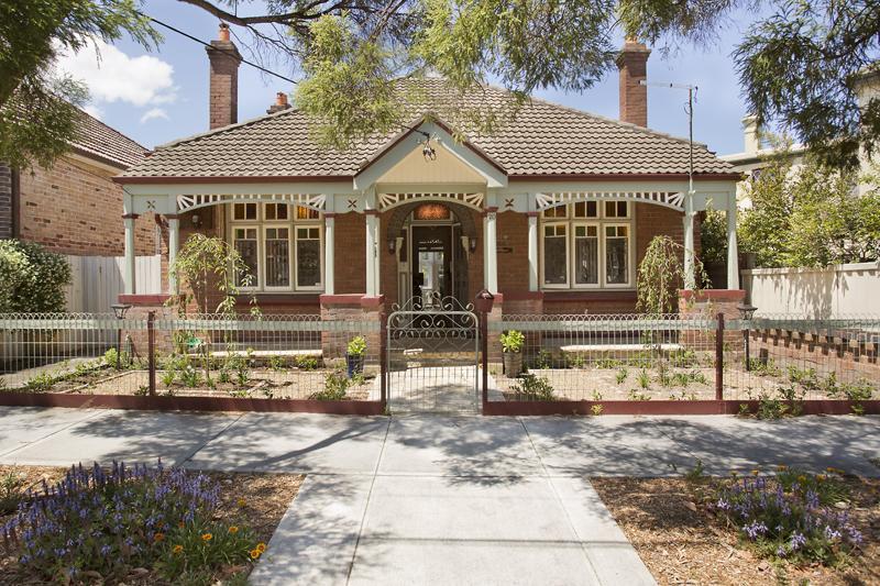 renovate victoria house to contemporary in australia (9)