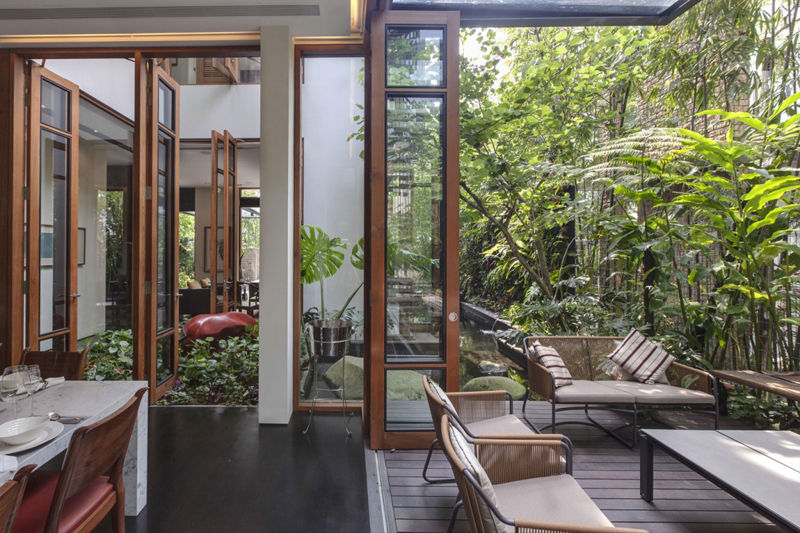 singapore townhome with natural (16)