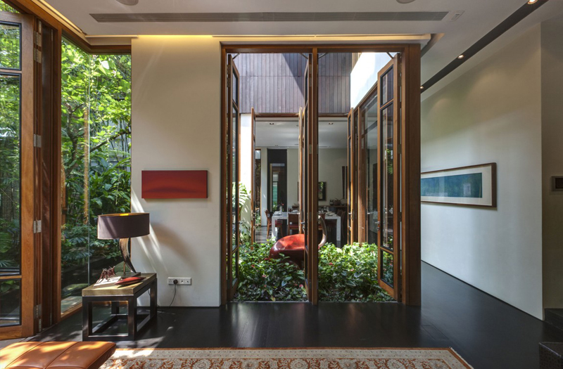 singapore townhome with natural (19)