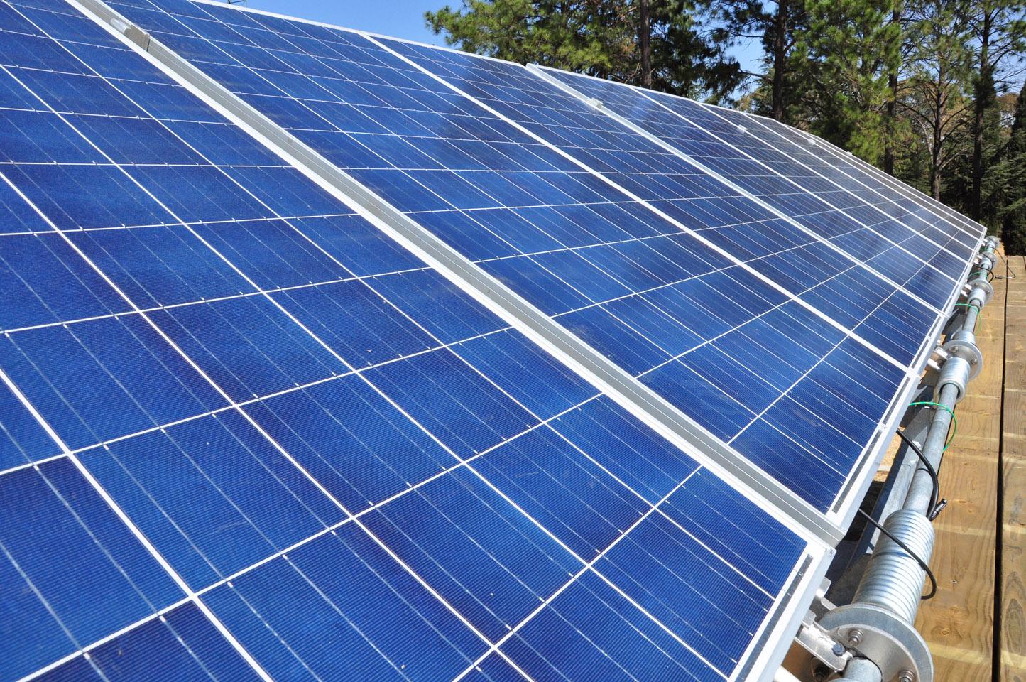 solar-panels-on-ekocenter