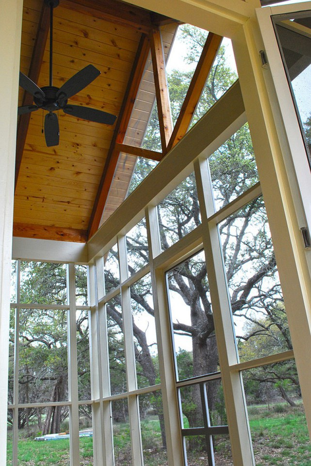 wooden cottage country house in texas (30)
