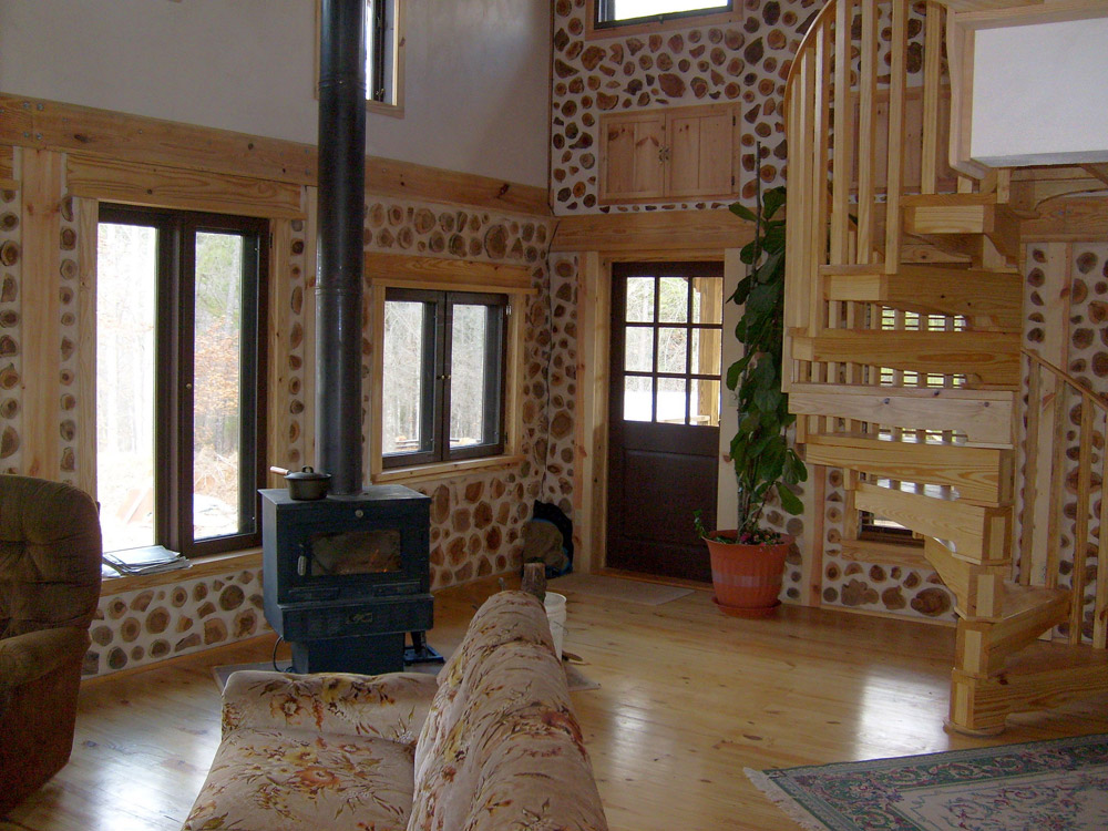 wooden cottage house in usa forest (4)