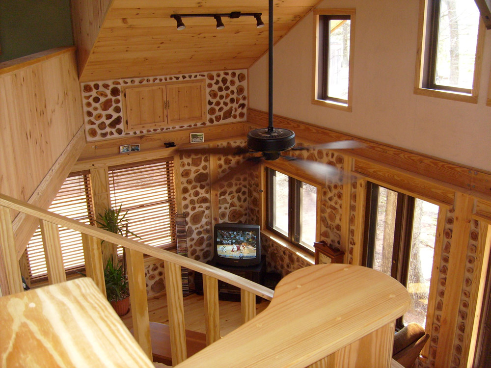 wooden cottage house in usa forest (5)