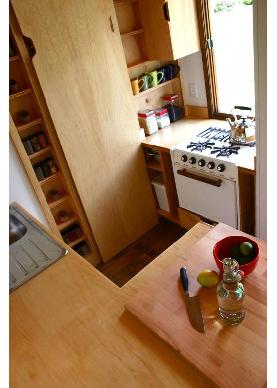wooden tiny house with 2 bedrooms (16)