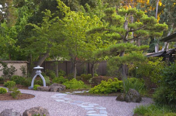 30 japanese garden ideas for decorating your house yard (25)
