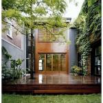 ไอเดียบ้านทาวน์โฮมสองชั้น สร้างพื้นที่สีเขียวไว้พักผ่อน หลีกหนีความวุ่นวายของเมืองใหญ่