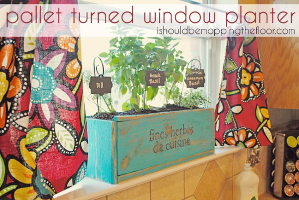Kitchen-Herb-Planter-Box-600x401