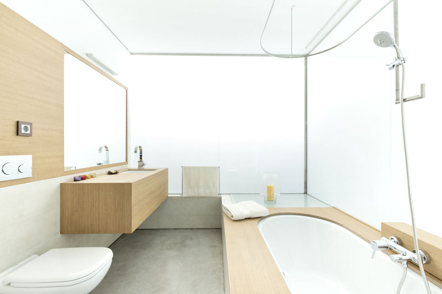 Stylish-Modern-Bathroom-Design-25