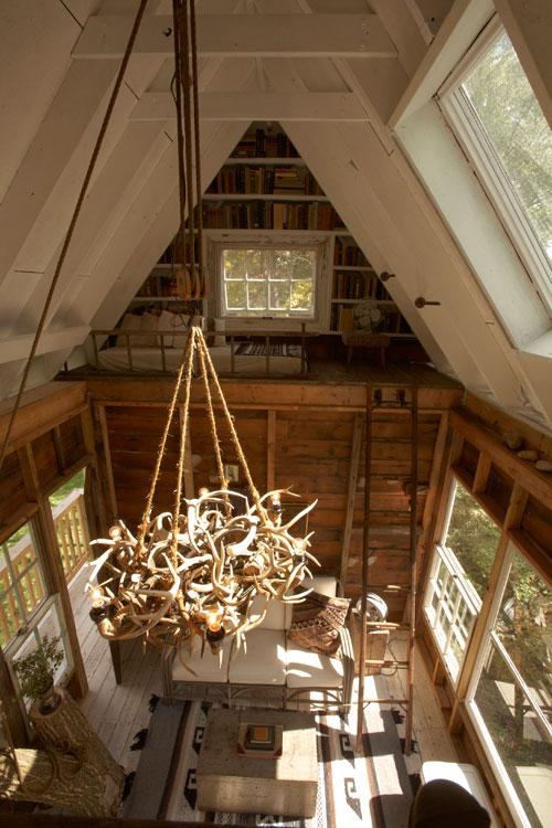 adult-treehouse-camp-wandawega-lake-resort-wisconsin-12
