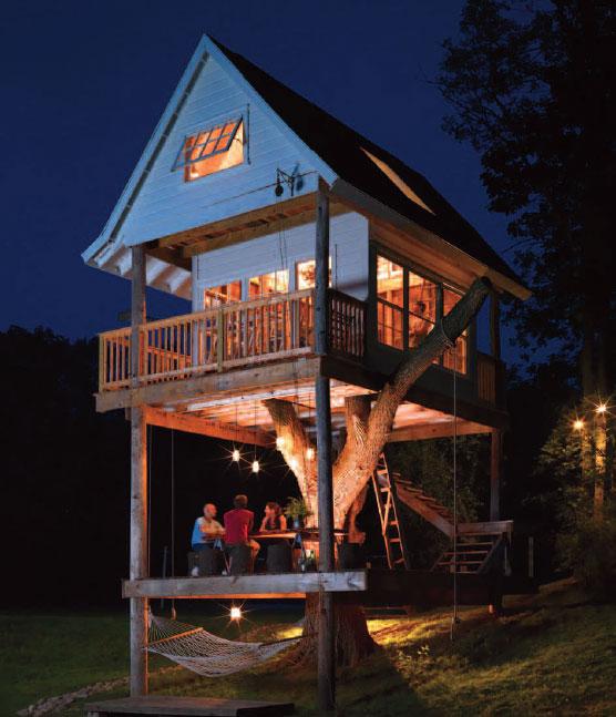 adult-treehouse-camp-wandawega-lake-resort-wisconsin-2