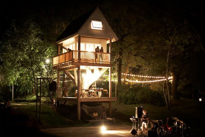 adult-treehouse-camp-wandawega-lake-resort-wisconsin-9