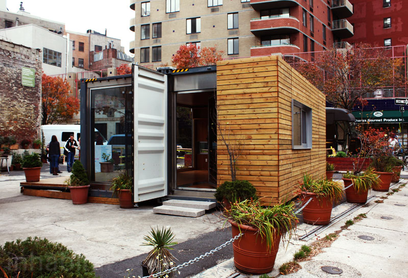 compact house in new york city made from container (1)