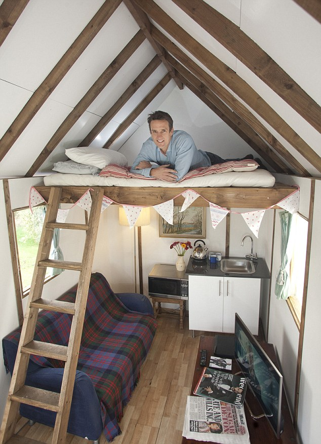 compact tiny house in uk (2)