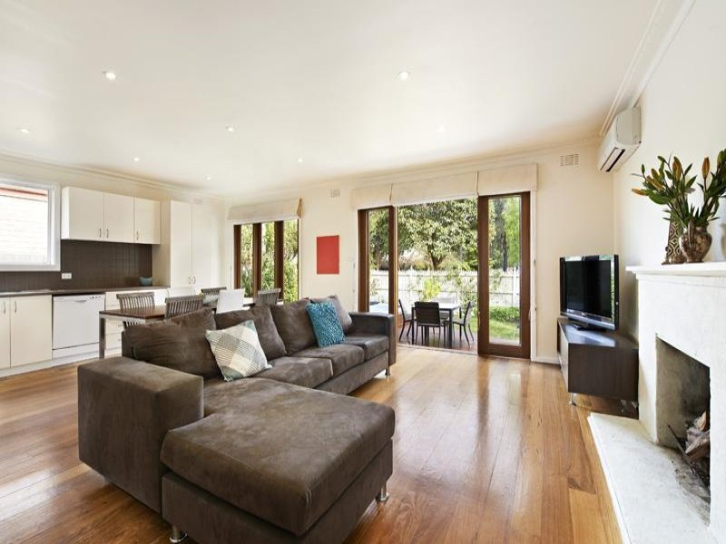 contemporary 3 bedrooms house for family  (2)