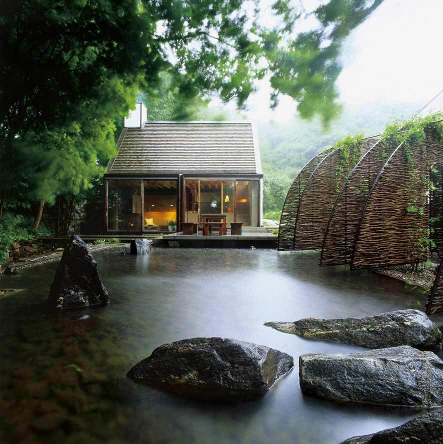 contemporary cottage house in moutain with pool (1)