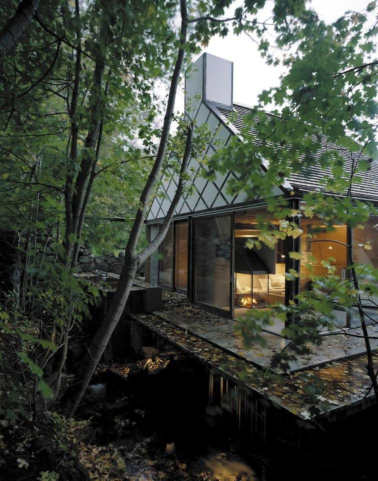 contemporary cottage house in moutain with pool (5)
