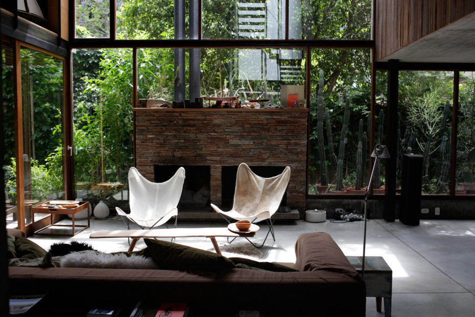 contemporary natural house for slow lifestyle with nature outside (2)