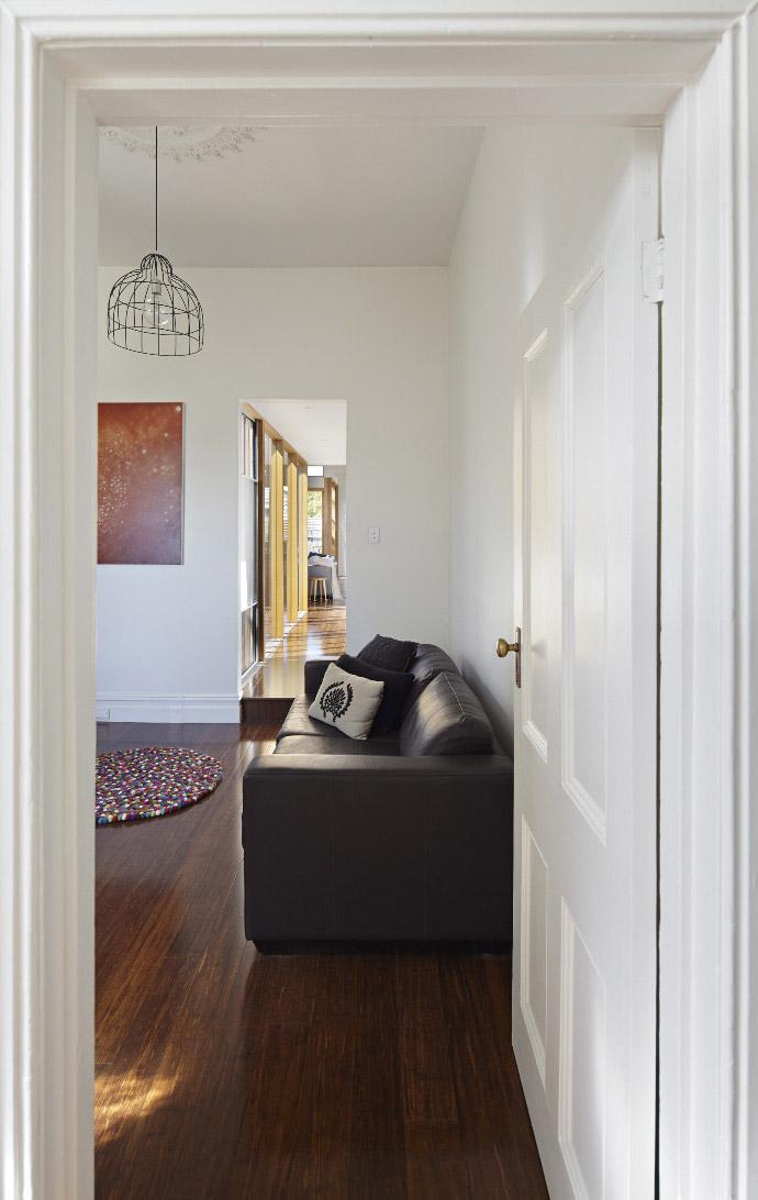 convertible-courtyards-house-christopher-megowan-design-2