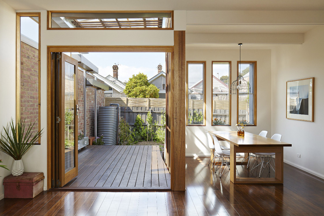 convertible-courtyards-house-christopher-megowan-design-8