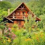 บ้านไม้สองชั้นออกแบบเป็นกระท่อมแนวคันทรี รูปทรงคลาสสิคดั้งเดิม ในบรรยากาศชนบท