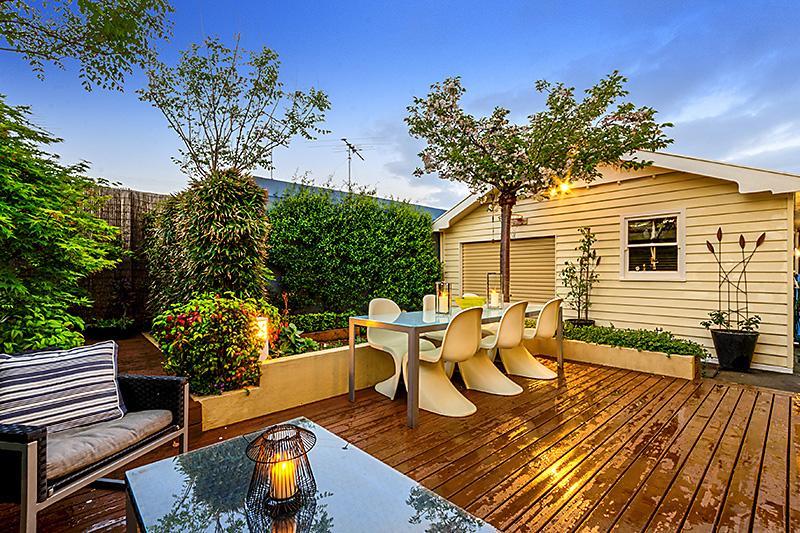 cottage contemporary house idea (12)