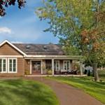 บ้านเดี่ยวแนวคันทรีคอทเทจ ออกแบบขนาด 3 ห้องนอน เพื่อรองรับชีวิตครอบครัวอย่างอบอุ่น
