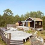 บ้านไม้แนวคอทเทจ ออกแบบหลังเล็ก 48 ตร.ม. ตกแต่งน่ารักให้ใช้งานได้ครบครัน