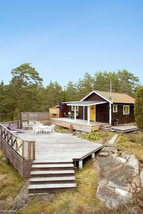 cottage country wooden mini house on hill (1)