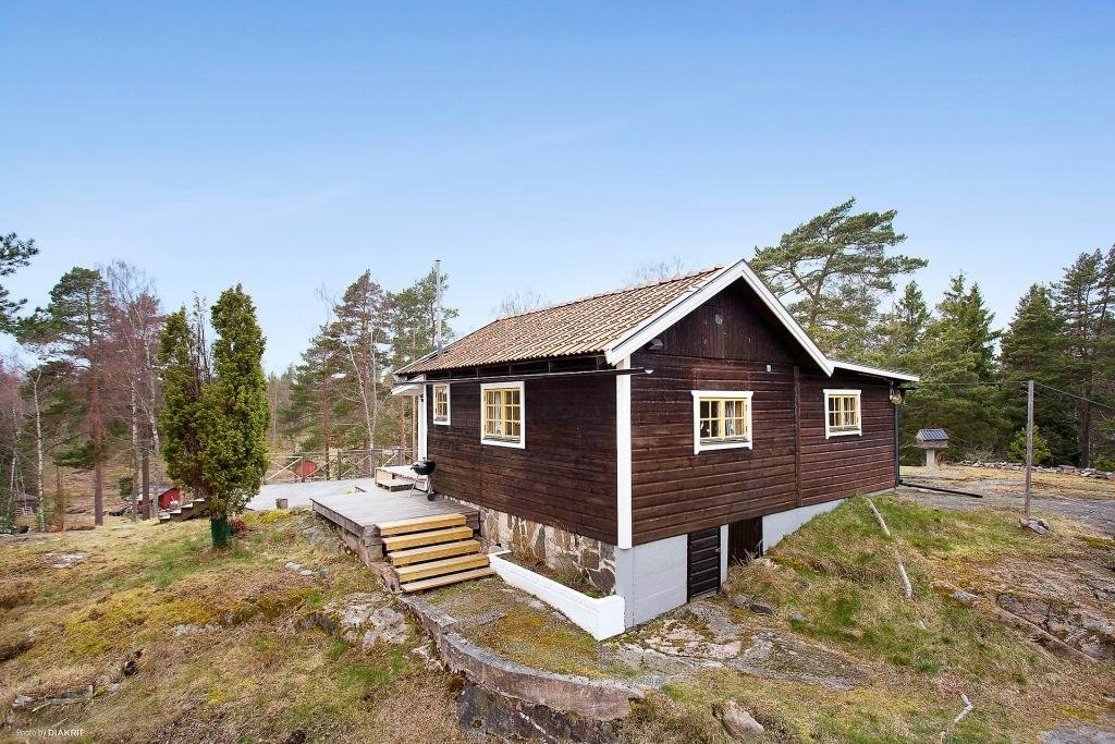 cottage country wooden mini house on hill (11)