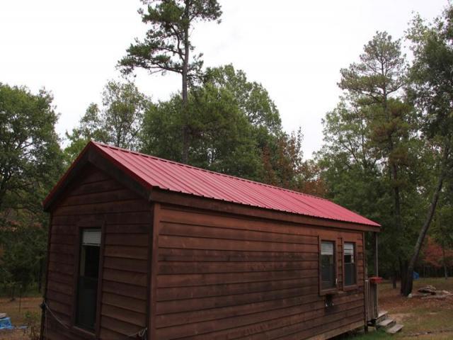cottage house on wheel mini wooden idea (2)