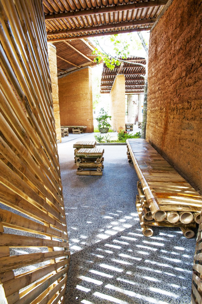 earth stone bamboo eco house in vietnam (12)