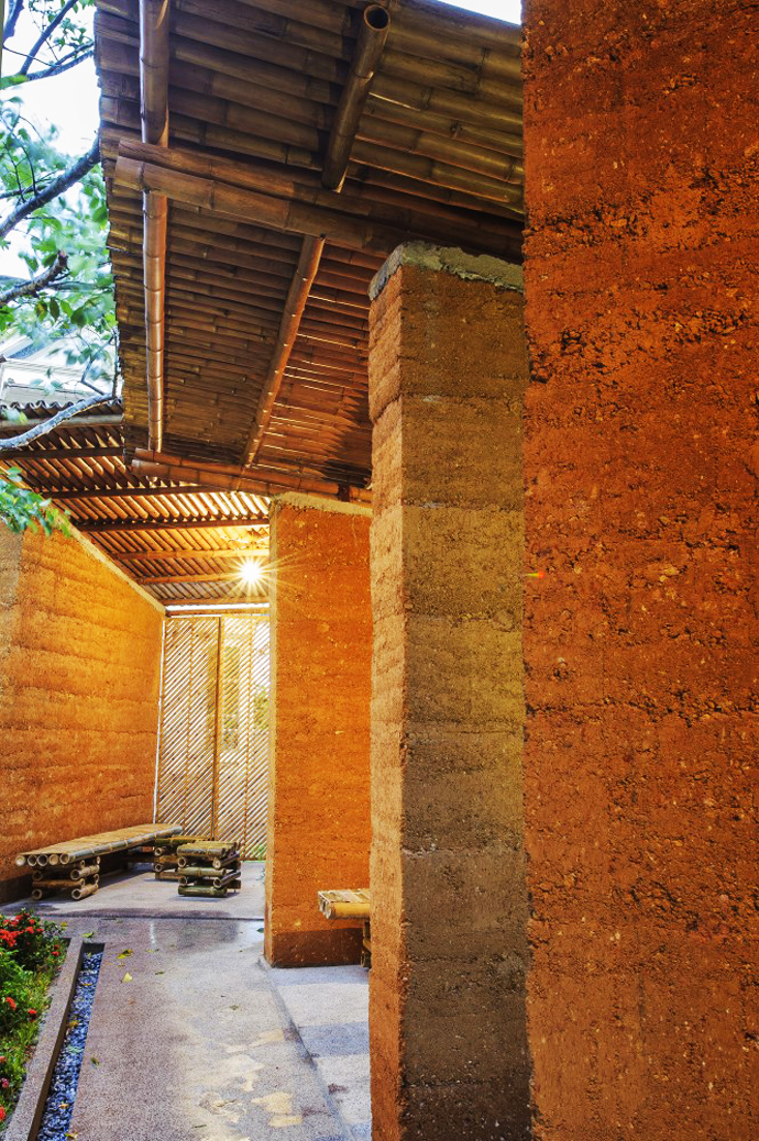 earth stone bamboo eco house in vietnam (24)