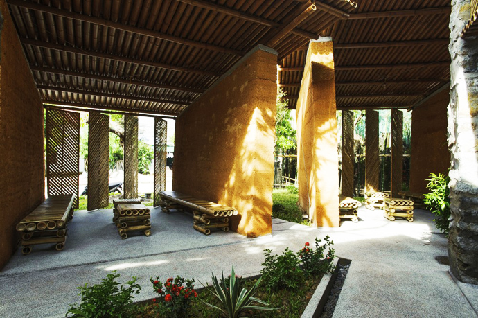earth stone bamboo eco house in vietnam (28)