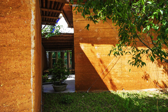 earth stone bamboo eco house in vietnam (4)