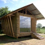 แบบบ้านกระท่อมจากวัสดุธรรมชาติ บนแนวคิดแบบ Eco อนุรักษ์และลดการใช้พลังงาน