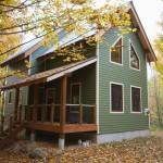 บ้านกระท่อมไม้สองชั้น แนวคิดเรียบง่ายและการพักผ่อน ท่ามกลางพื้นที่แห่งธรรมชาติ