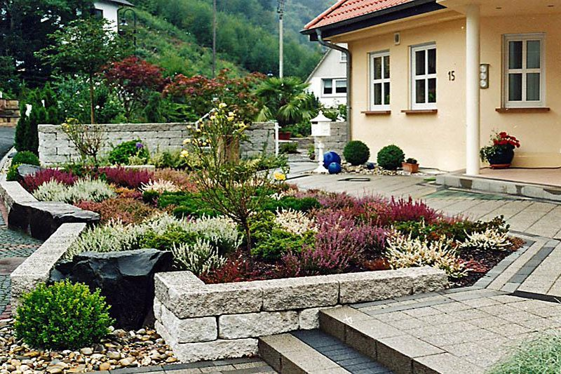 house front yard decorating ideas (17)