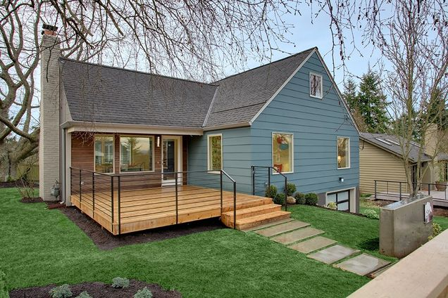 large cottage contemporary style for big family (2)