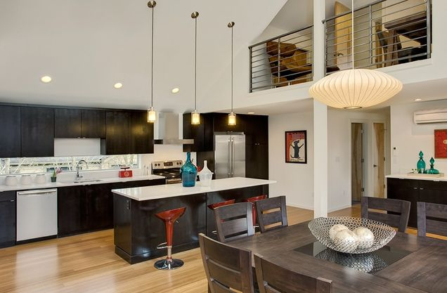 large cottage contemporary style for big family (7)