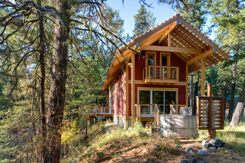 medium size cottage wooden house in seattle forest warm idea (7)