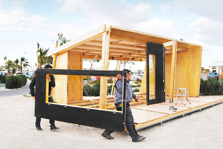 mini compact house wood from spain for living in the future (3)
