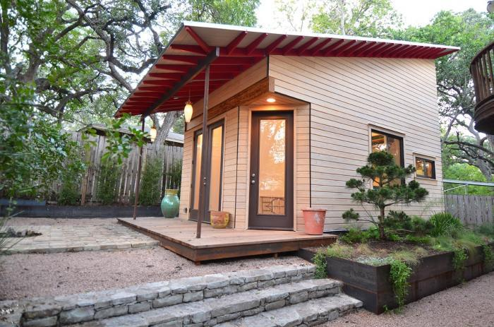 mini cottage house for any purpose (1)