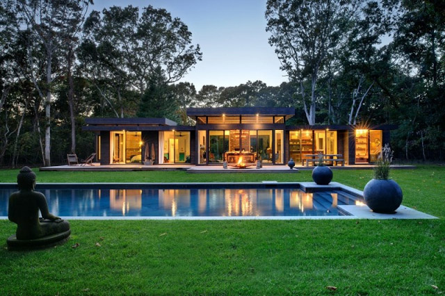 modern-contemporary-serene-house-with-nature-peachful-living-(1)
