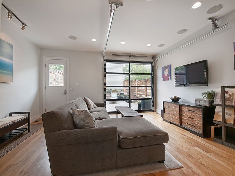 modern contemporary townhouse platform with bright design (6)